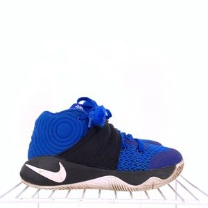 Nike Kyrie Boys Basketball Shoes Size 11c